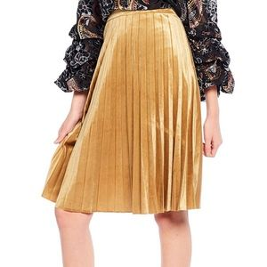 Chelsea & Violet Gold Velvet Pleated Skirt